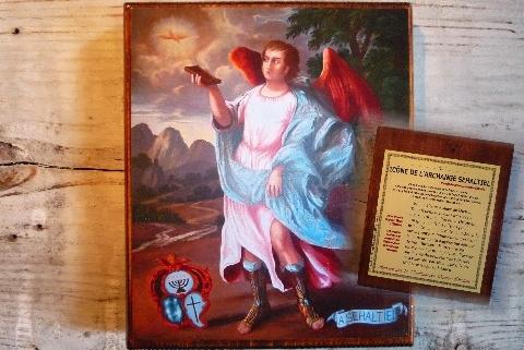 Reproductions sur bois, représentant les Archanges Protecteurs. Au dos, la Prière de Conjuration de l'archange. Dimensions : 140 x 165 mm.